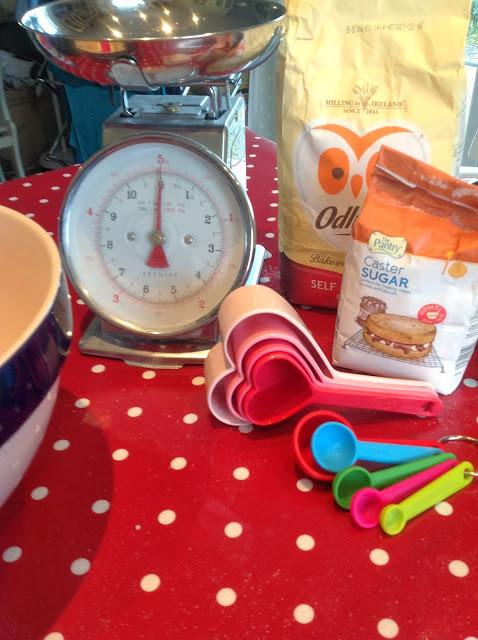 mmt baking utensils
