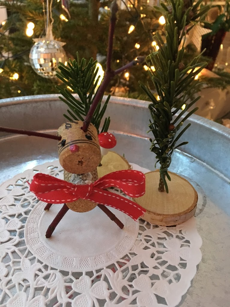 Cork Reindeer – Day 5 Michelle Makes Christmas